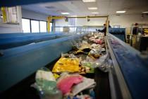 tri plastiques souples - centre de tri du Muy (Var) - Pizzorno Environnement