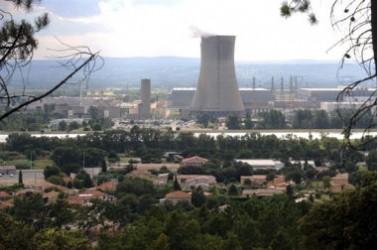 Les 53 CLI - dont 38 autour des sites nucléaires civils –, rassemblent 3 000 membres, élus, syndicalistes, représentants d'associations et experts ou personnes qualifiées.
