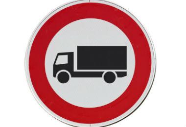 tout ce qu 39 il faut savoir pour interdire le passage de camions sur la voirie communale. Black Bedroom Furniture Sets. Home Design Ideas