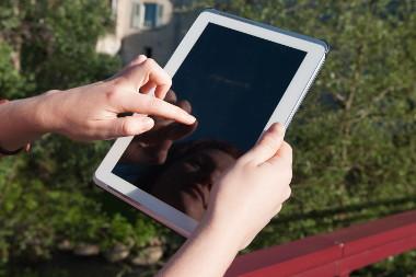 Internet : des bornes wifi à la conquête des territoires ruraux
